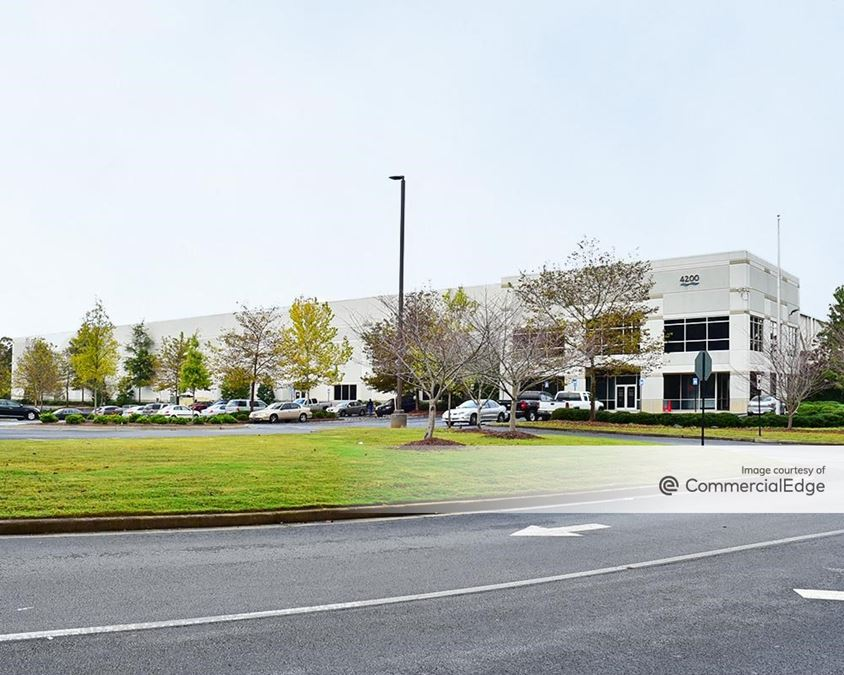Camp Creek Business Center - 4200 North Commerce Drive