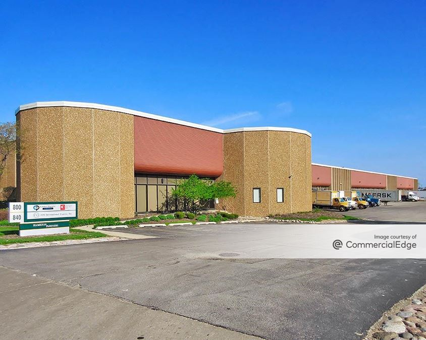 Elk Grove Industrial Park - 800 Mark Street