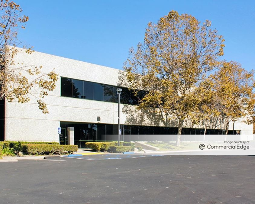 Simi Valley Business Center