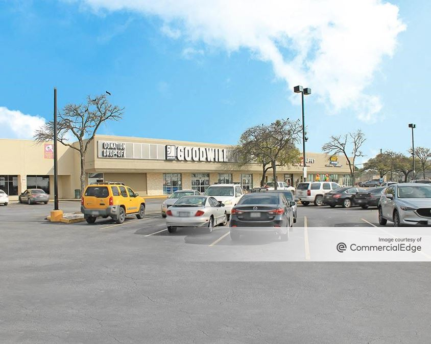 Round Rock East Shopping Center
