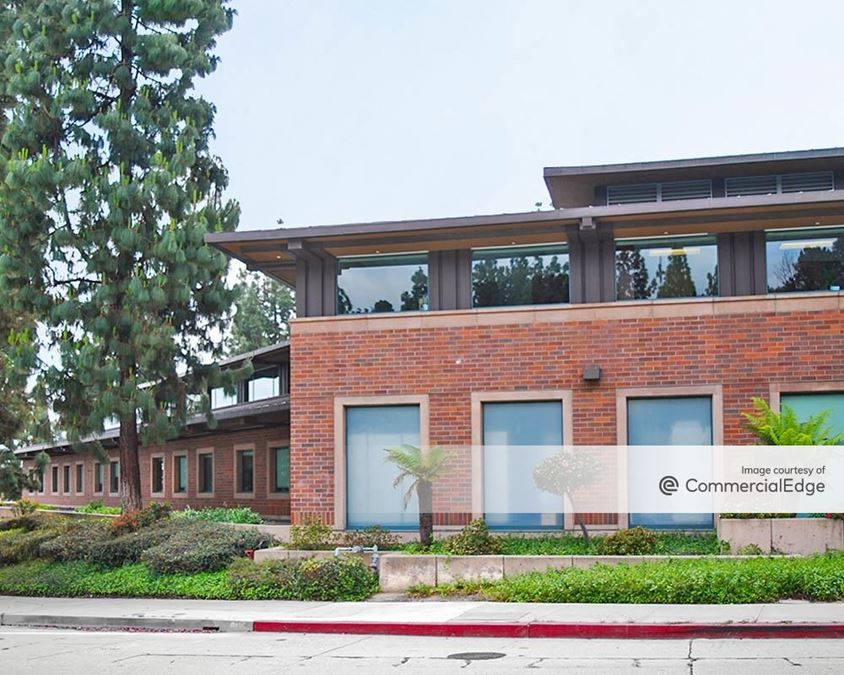 LA Financial Credit Union Headquarters