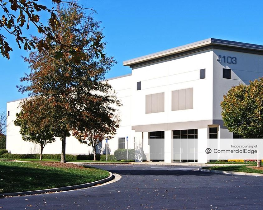 Suwanee Pointe Business Park - 4103 Tench Road