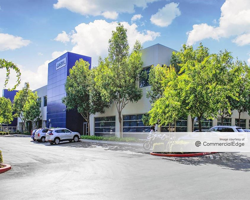 Valley Oak Corporate Center - 6375 San Ignacio Avenue