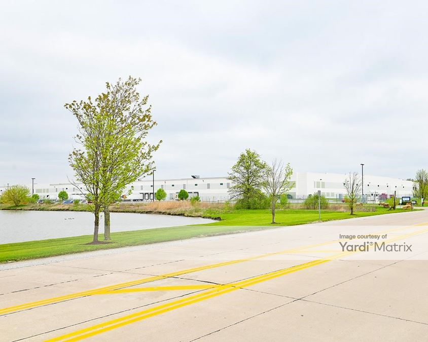 Lakeview Commerce Center - 4015 Lakeview Corporate Drive