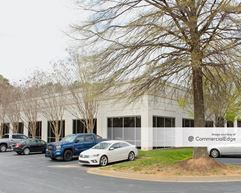 Town Point Service Center - Kennesaw