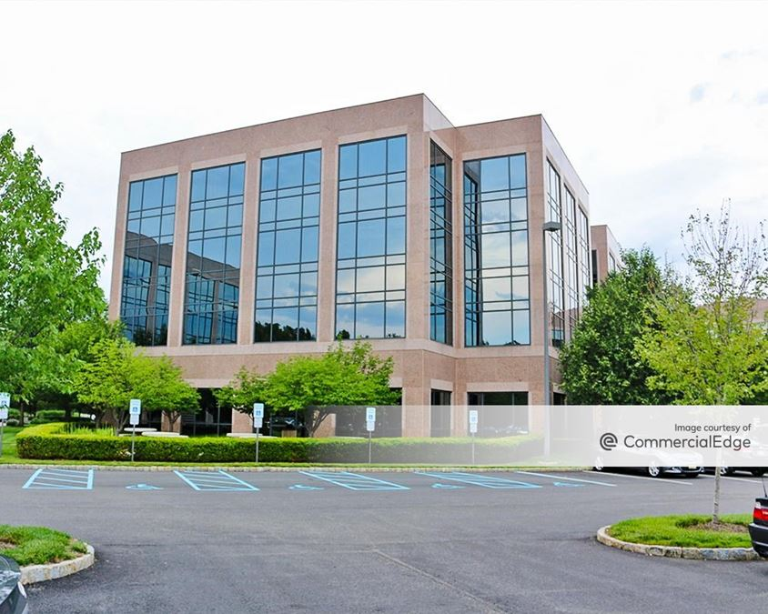 Park Avenue at Morris County - 500 Campus Drive