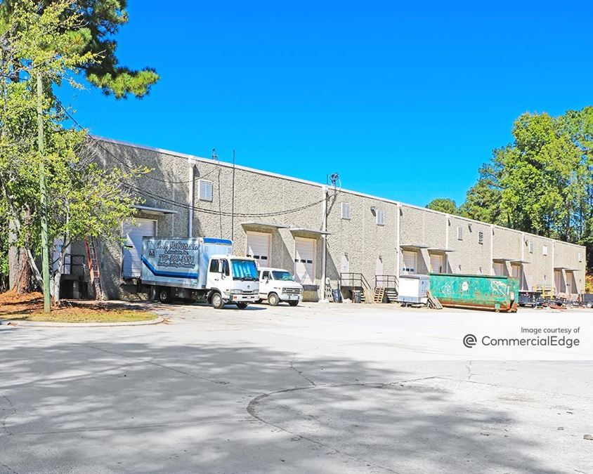 6481 & 6479 Peachtree Industrial Blvd