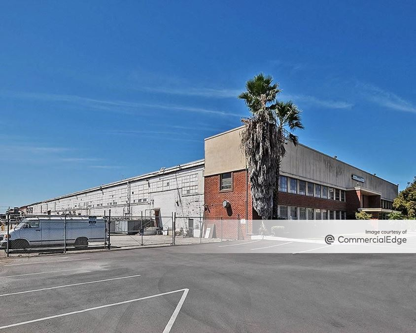 Downey Industrial Center - 9300 Hall Road