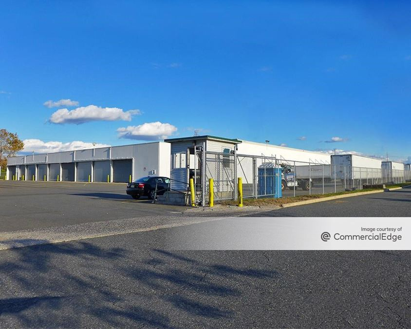 Prologis Meadowlands - 1000 New County Road