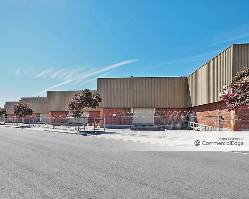Downey Industrial Center - 9350 & 9400 Hall Road