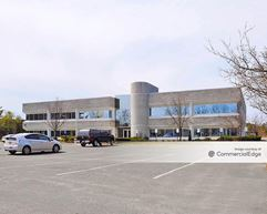 Rechler Business Park at Airport International Plaza - 80 Orville Drive - Bohemia