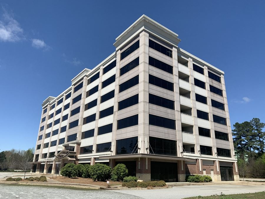 Class A Building (Shell Condition) & Excess Developable Land   ± 138,600 SF   ± 16 Acres