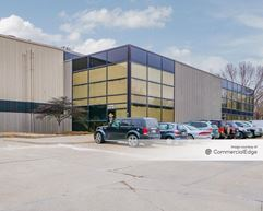 13900 Chalco Valley Pkwy - Omaha