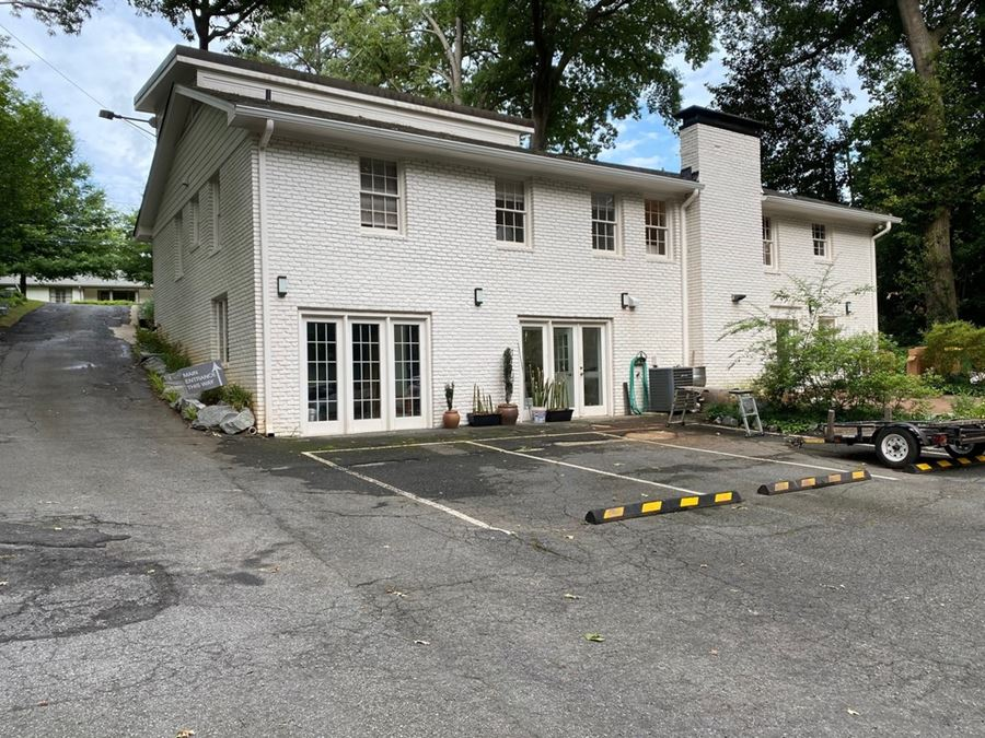 Sandy Springs Income Producing Freestanding Building Near City Springs District