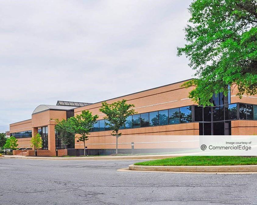 Campbell Corporate Center - 4940 Campbell Blvd