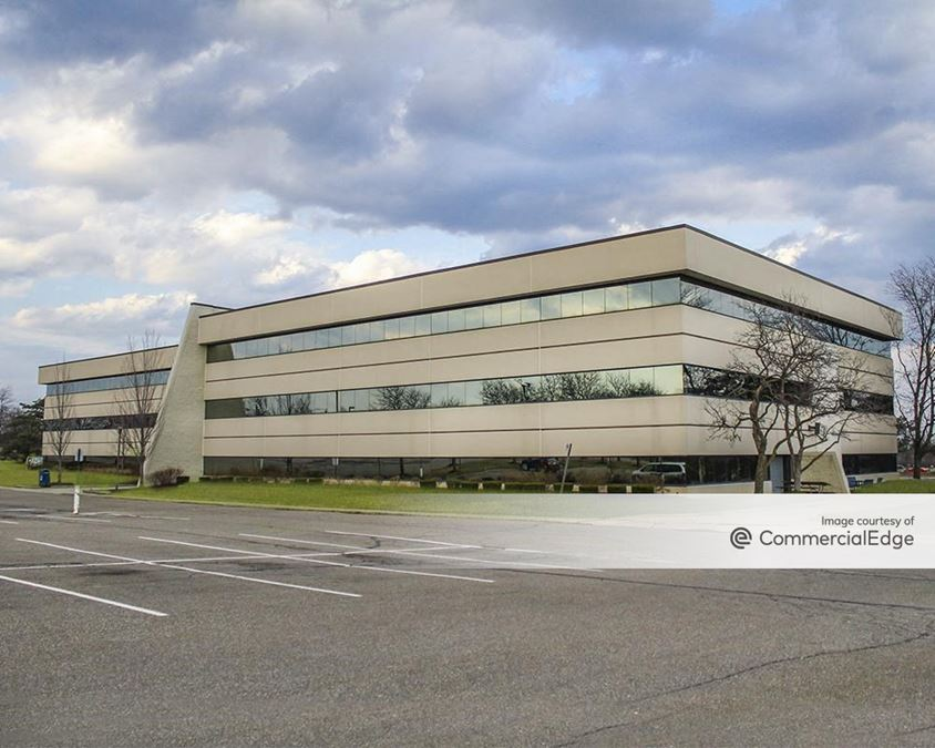 North Troy Corporate Park - 5600 New King Drive