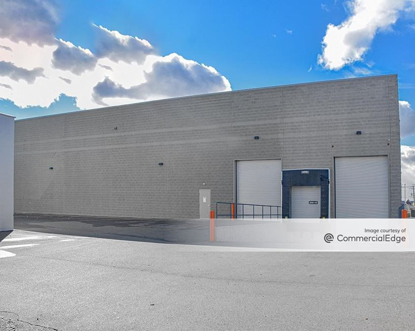 2890 Industrial Row Drive