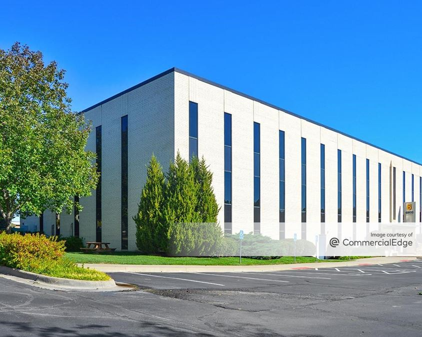 Cloverleaf Office Park - Building 6