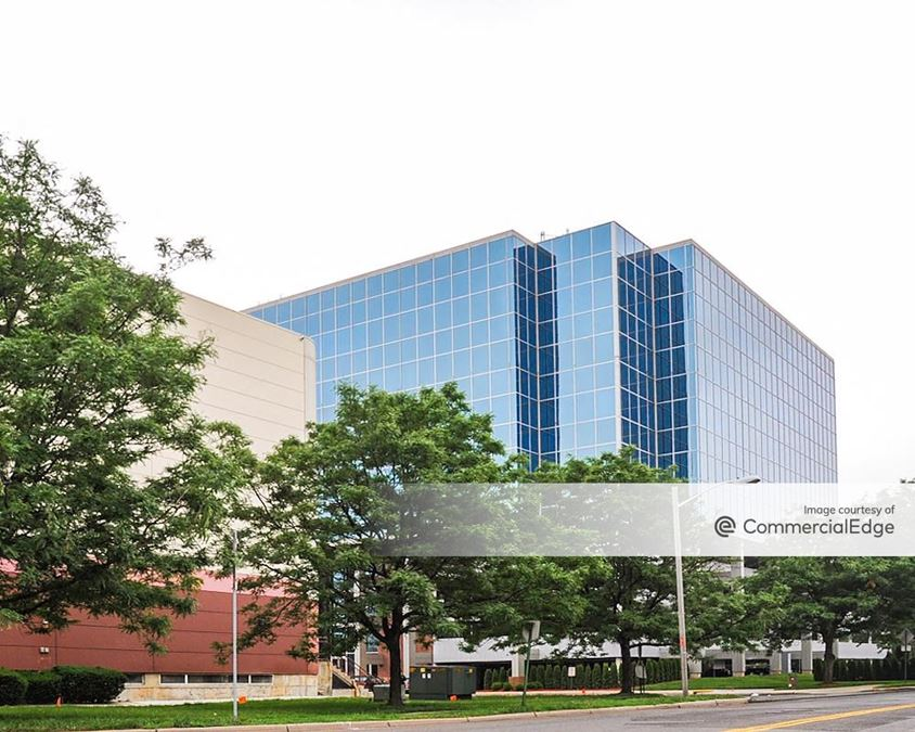 Overpeck Centre - 65 Challenger Road