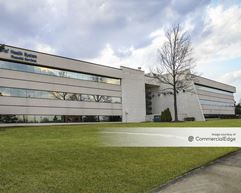 North Troy Corporate Park - 5600 New King Drive - Troy