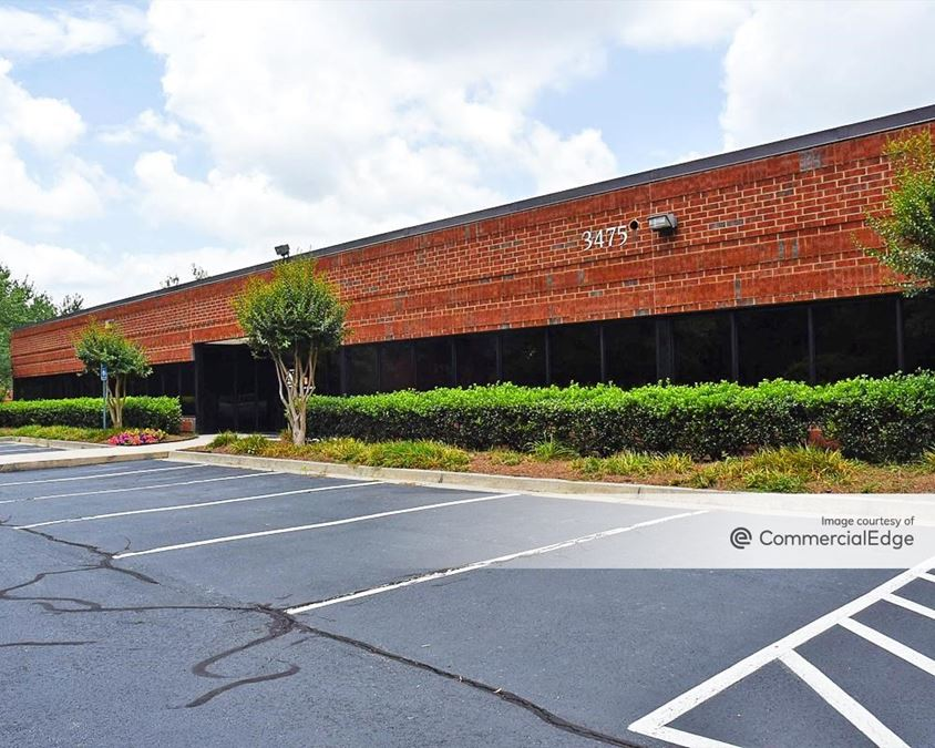 Chattahoochee Corners - 3475-3550 Corporate Way, 4350, 4375 & 4400-4570 River Green Pkwy