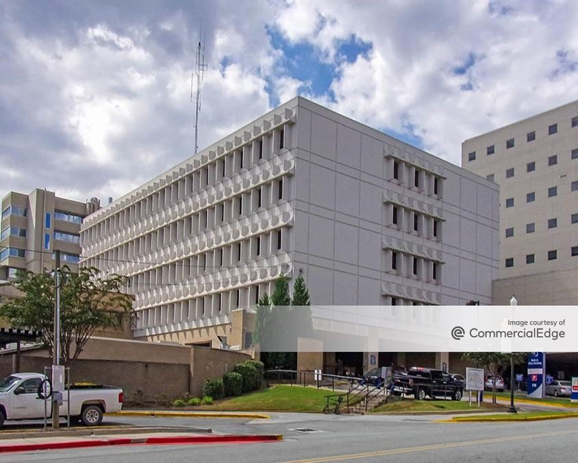 The Medical Center Navicent Health – 770 Pine Professional Building