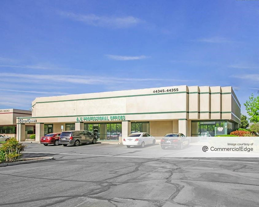 Centerpoint Business Park - 44300, 44303 & 44345 Lowtree Avenue