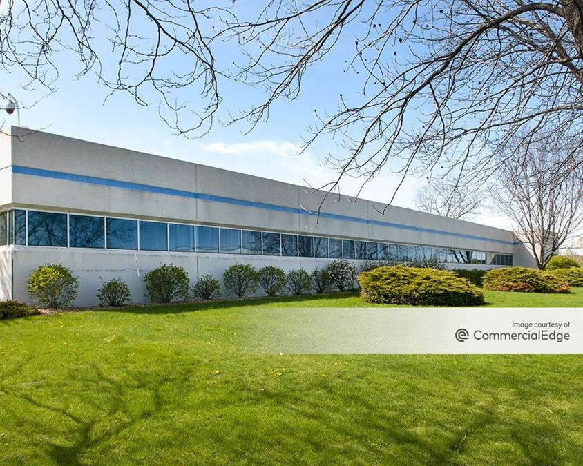 Grand Tri-State Business Park - 1020 Lakeside Drive