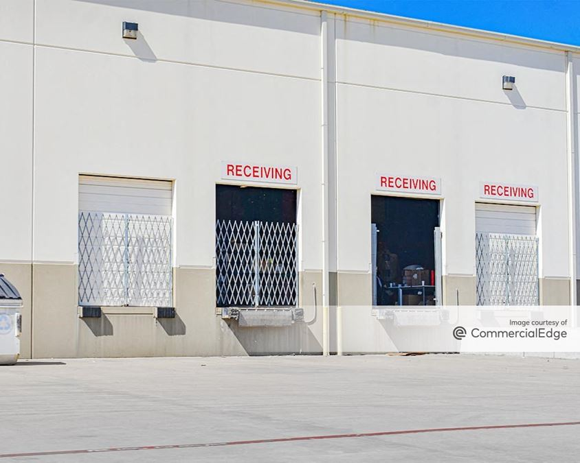 Colorado Crossing Distribution Center
