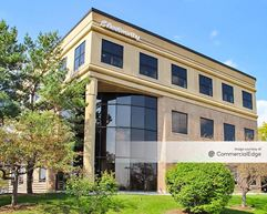 The American Center Business Park - Eastpark One Building - Madison