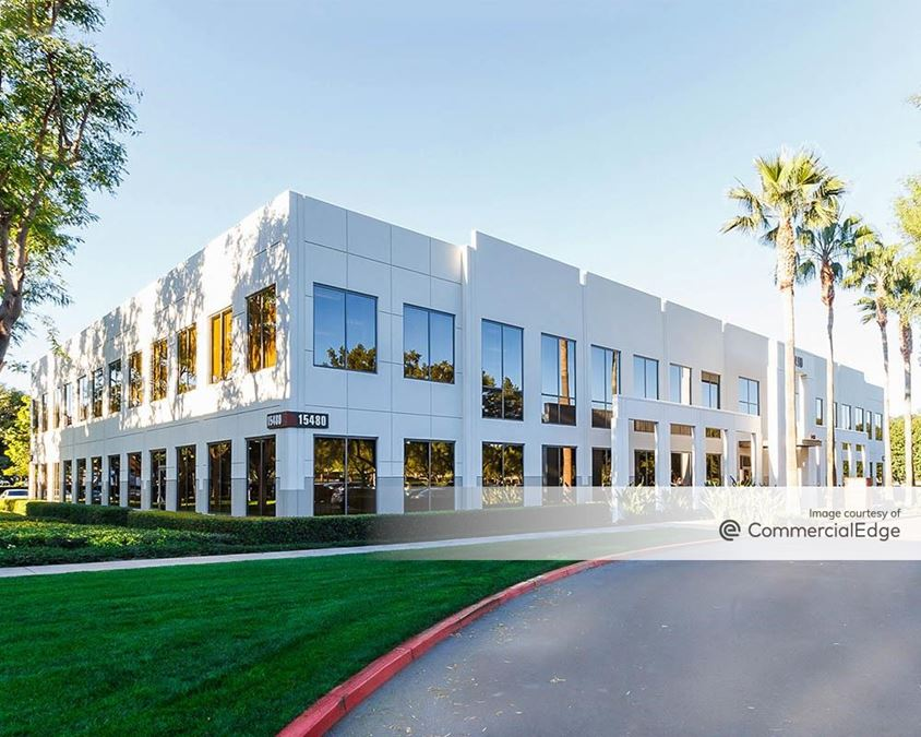 Discovery Business Center - 15460 & 15480 Laguna Canyon Road