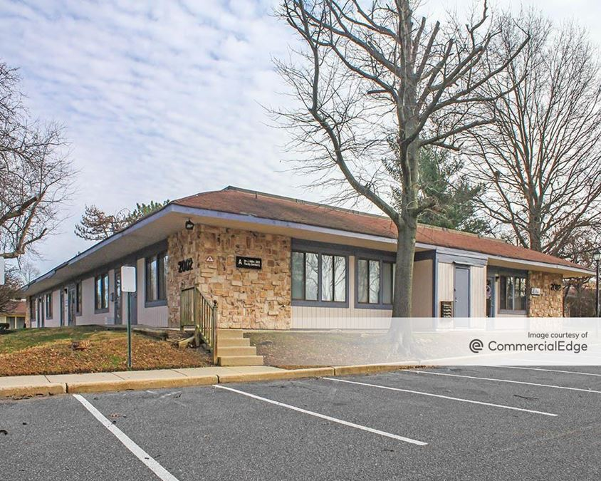 Greentree Executive Campus - 2001-2003 Lincoln Drive West