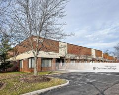 Engle Lake Business Center - Middleburg Heights