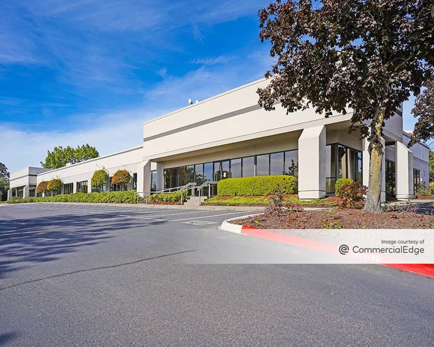 Tigard Business Park - Building 7