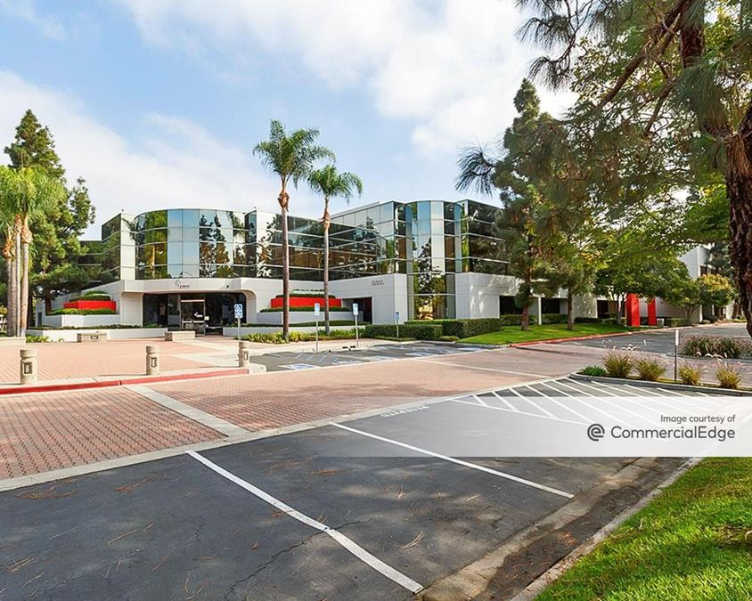 Warland Cypress Business Center - 10600 Valley View Street
