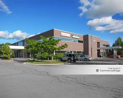 Bald Mountain Medical Complex - Lake Orion