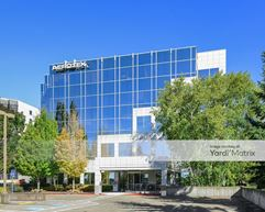 One Embassy Center - Tigard