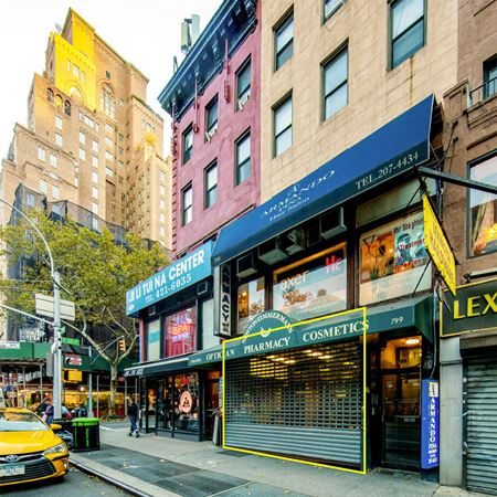 UES Retail Or Restaurant Space Photo Gallery 1