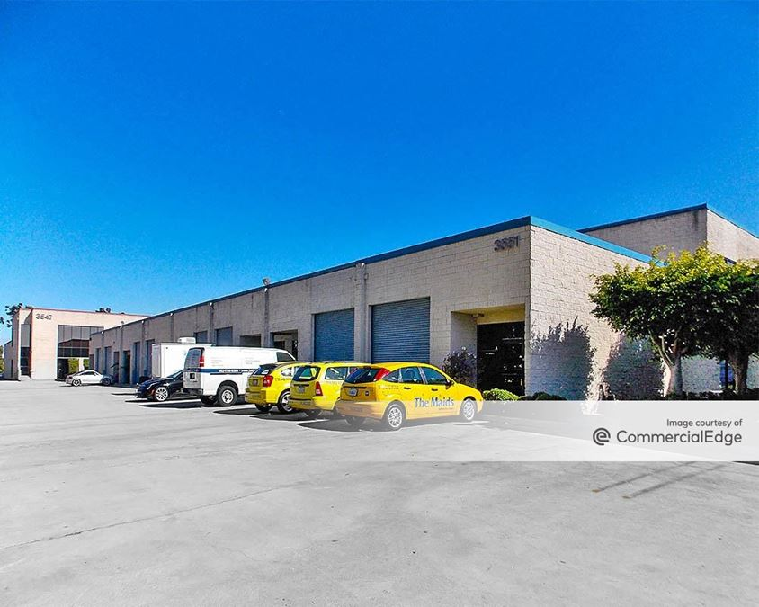 Voyager Court Business Park - 3547, 3551 & 3555 Voyager Street