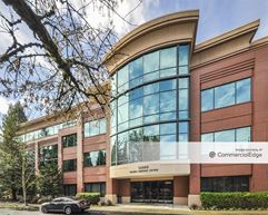 Pacific Parkway Center - Portland