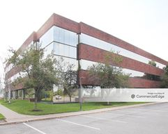 Widewaters Office Park - 5784 Widewaters Pkwy - Syracuse