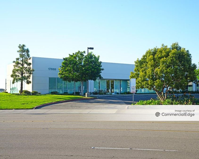 Southpark Business Center - 17800, 17815 & 17835 Newhope Street