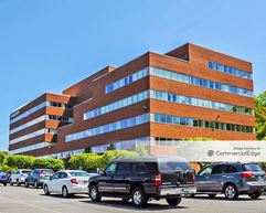 Fifth Avenue at Citypoint - 300 5th Avenue - Waltham