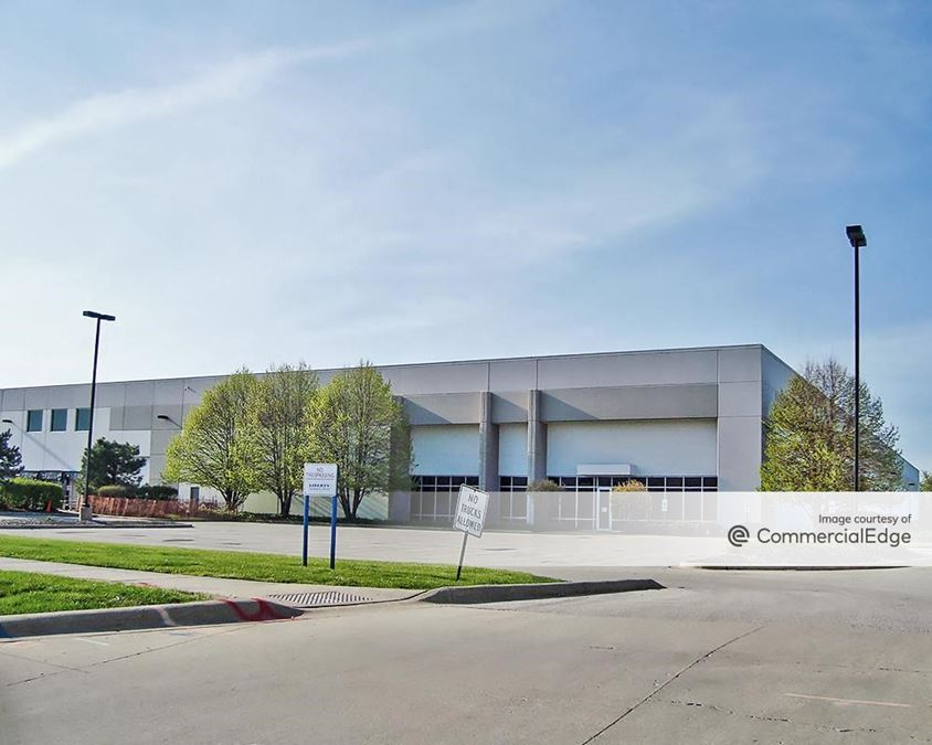 Southfield Business Park - 3501 Corporate Drive