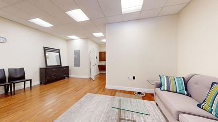 Medical / Community Space C - 486sf Space Photo Gallery 1