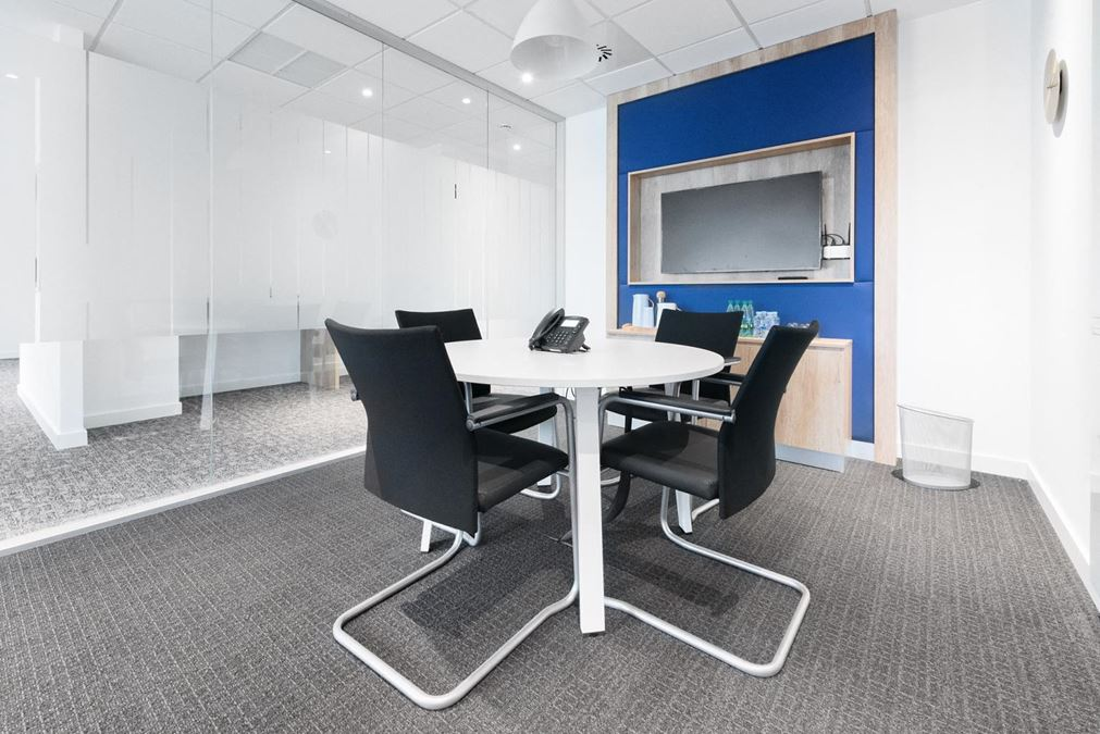 REGUS | 109 South 5th Street