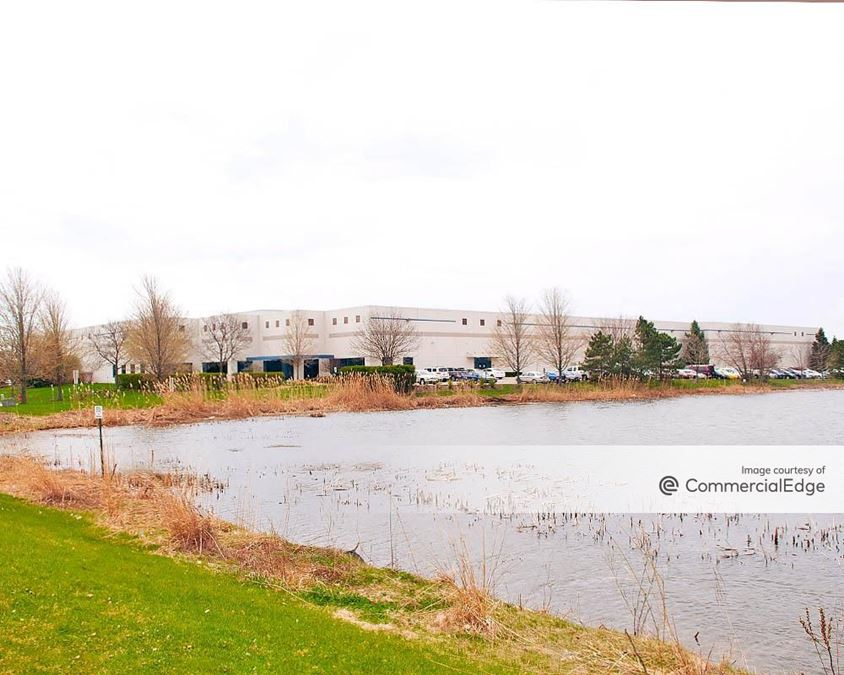 Turnberry Lakes Business Park - 6450 Muirfield Drive