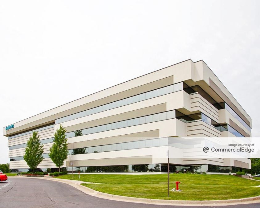 North Troy Corporate Park - 5555 New King Drive