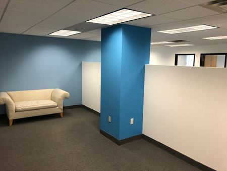 Modern Turnkey Suite Space Photo Gallery 1