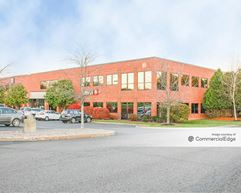 Airline Corporate Park - 10 Airline Drive - Colonie